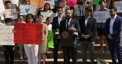 Judge Halts Deportation of Maspeth Taxi Driver, Father of 2